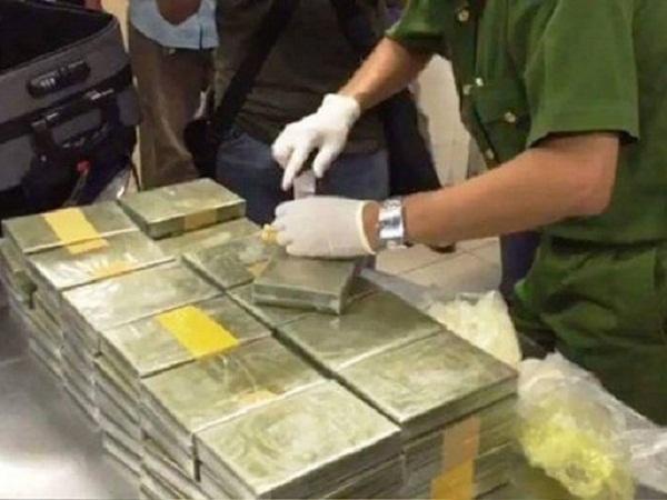 Số ma túy công an triệt phá phá được vận chuyển vào TP.HCM.