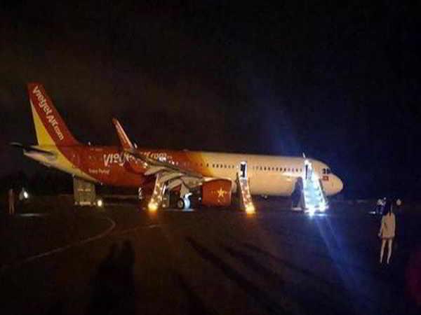 Máy bay Vietjet Air gặp sự cố khi hạ cánh ở Buôn Ma Thuột
