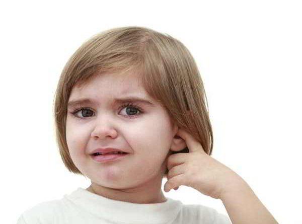 Tìm hiểu nguyên nhân gây viêm tai giữa ở trẻ em và người lớn