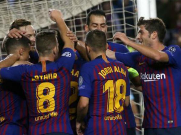 Barca phải đá 7 trận chỉ trong tháng 9