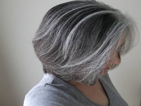 Chiêm bao mơ thấy tóc bạc đánh lô đề con gì?
