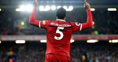 Tiền vệ Georginio Wijnaldum chọn chiếc áo số 5 vì thần tượng