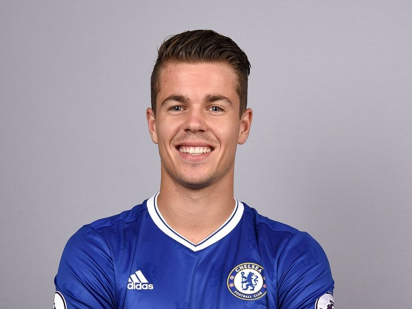 Chuyển nhượng chiều 16/6: Chelsea gia hạn với Van Ginkel