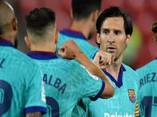 Messi gây sốt với diện mạo mới cực chất