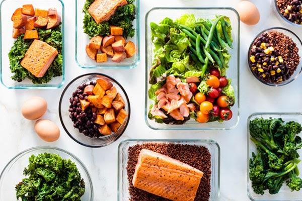 Chia nhỏ bữa ăn giúp bạn không bị đói, dễ duy trì chế độ eat clean