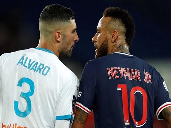 Sắp bị phạt nặng, Neymar viết tâm thư kêu gọi qua mạng xã hội