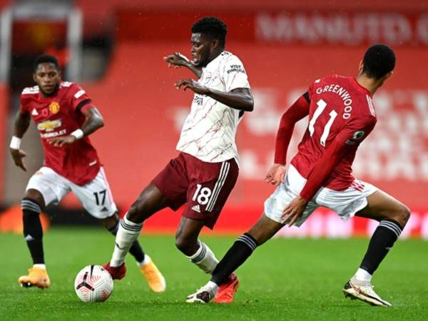 Tin bóng đá chiều 2/11: Cầu thủ xuất sắc nhất trận MU 0-1 Arsenal