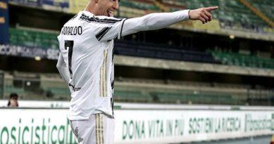 Chuyển nhượng tối 2/3: Beckham lên kế hoạch chiêu mộ Ronaldo