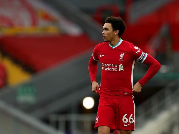 Tin bóng đá sáng 10/3: Angelino tin Alexander-Arnold là điểm yếu của Liverpool