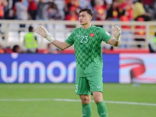 Bóng đá VN trưa 31/5: Cerezo Osaka lên tiếng bảo vệ Văn Lâm