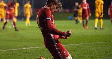 Chuyển nhượng tối 28/7: Man Utd đón tân binh 16 tuổi từ Liverpool