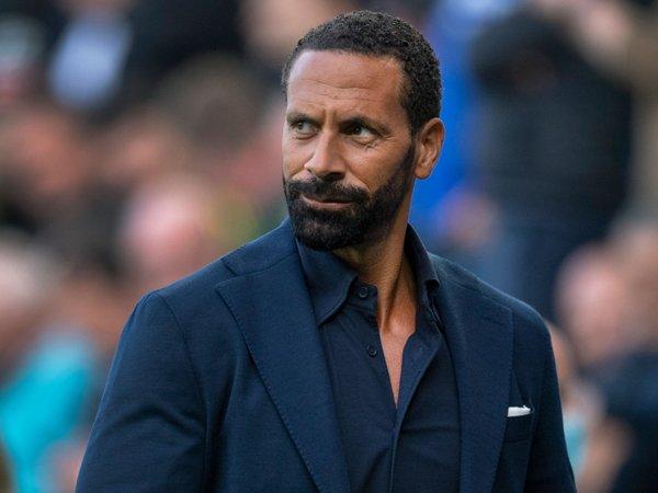 Tin bóng đá tối 17/8: Rio Ferdinand khuyên Quỷ Đỏ mua thêm 1 tiền vệ